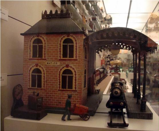Museo del juguete de figueres museo del juego - Muebles figueres ...